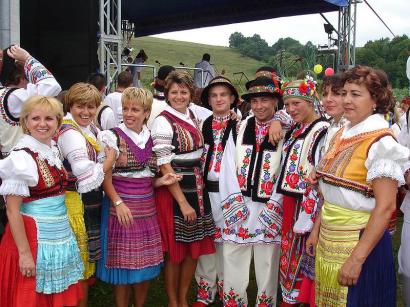 Eperjesi ruszinok (bal) és przemyśli ukránok (jobb).