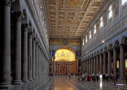 Nagyság és kicsinység Rómában