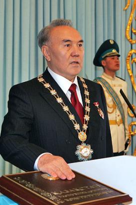 Nazarbajev, már 20 éve vezeti Kazahsztánt.