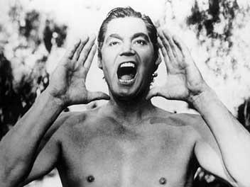 Talán a leghíresebb – fiktív – farkasgyerek Tarzan volt. A képen a legendás Johnny Weissmüller